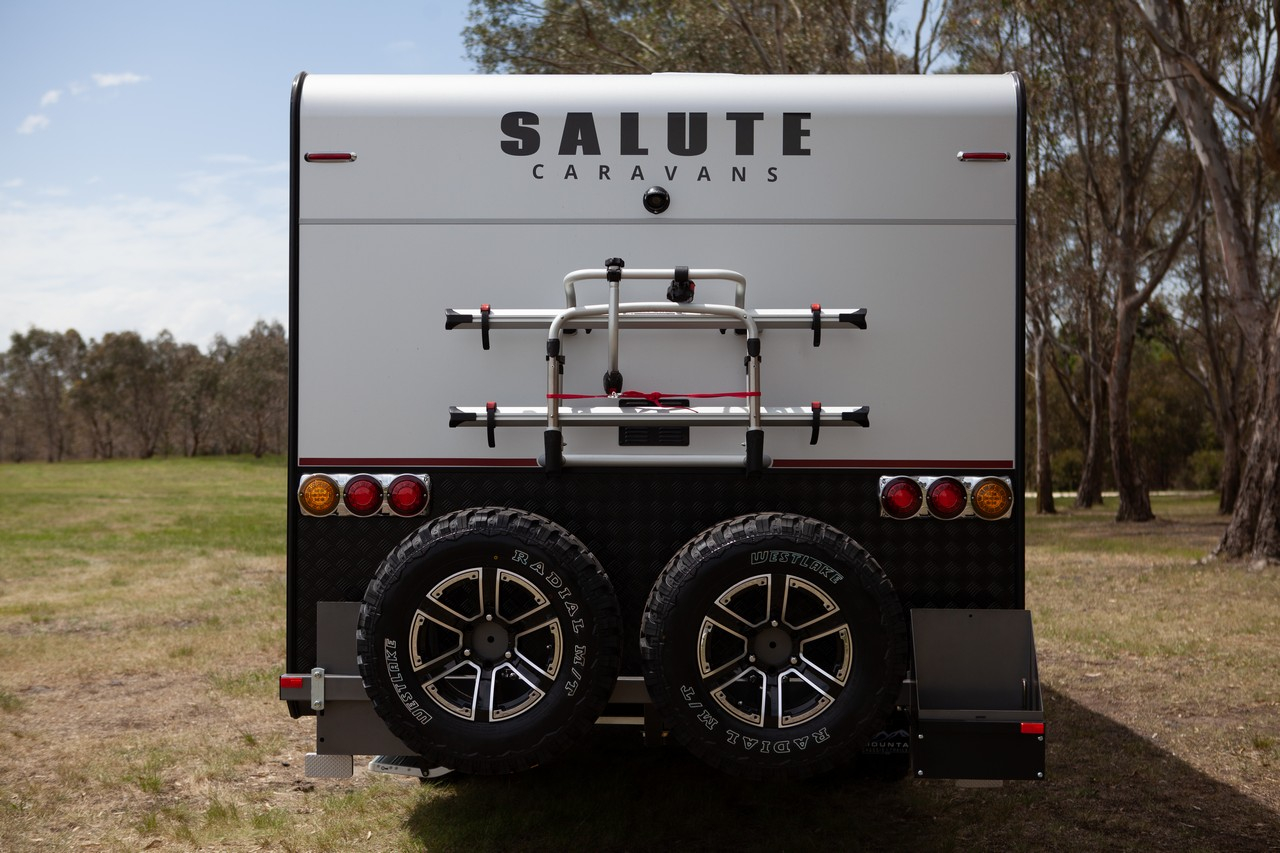 salute-caravans-avalon-external-005