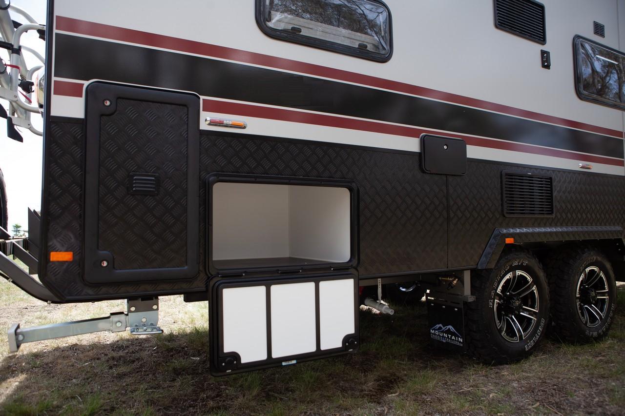 salute-caravans-avalon-external-016
