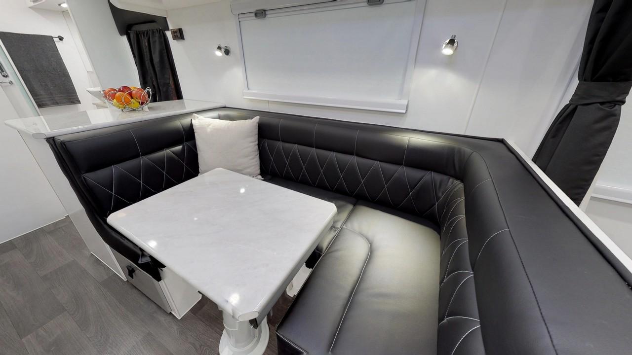 salute-caravans-avalon-internal-006