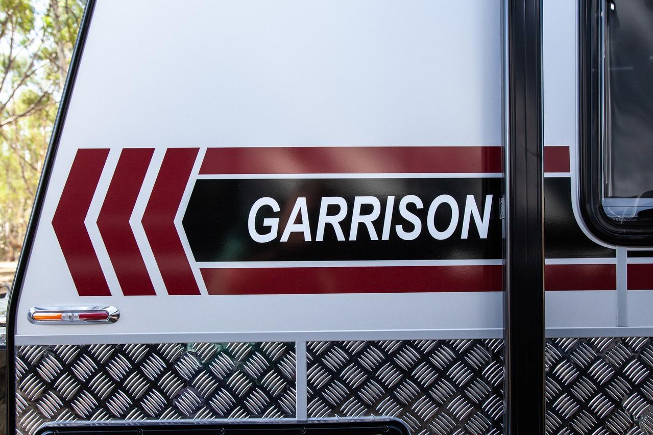 salute-caravans-garrison-external-006