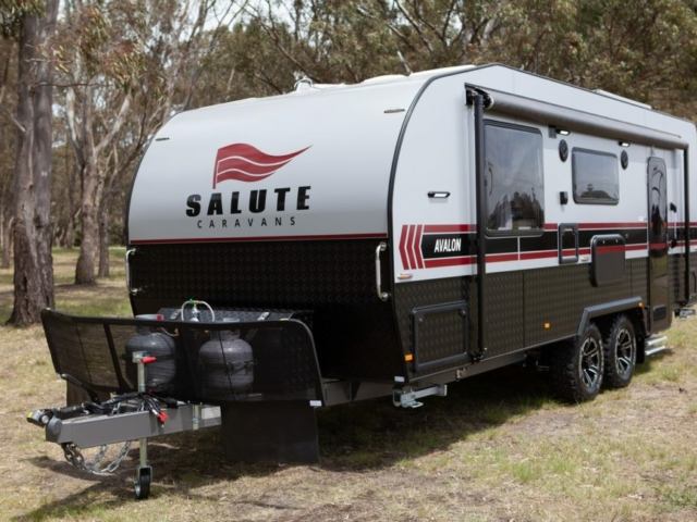 salute-caravans-avalon-external-001