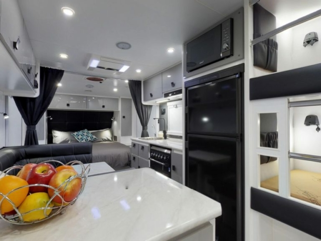 salute-caravans-avalon-internal-001