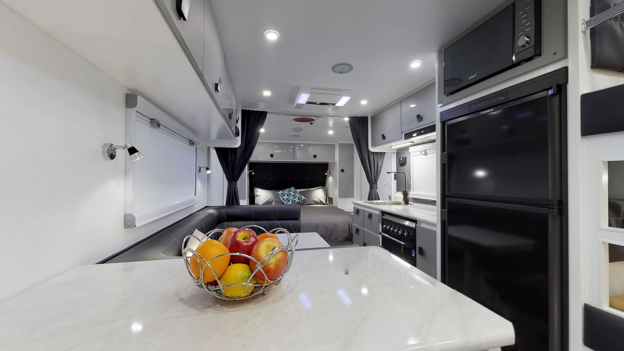 salute-caravans-avalon-internal-003