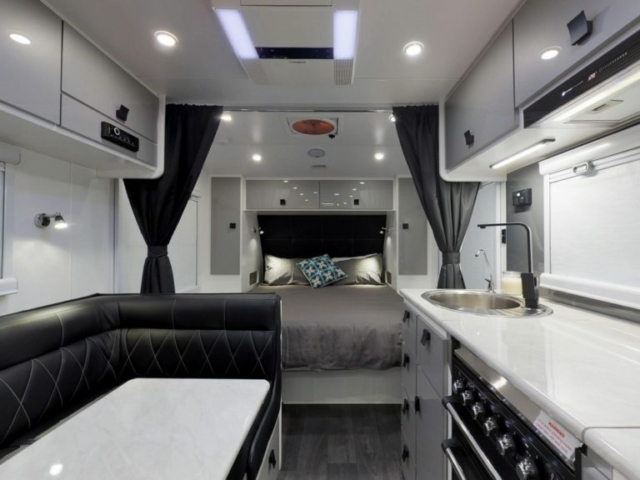 salute-caravans-avalon-internal-004