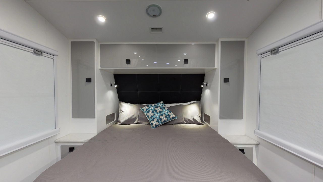 salute-caravans-avalon-internal-009c