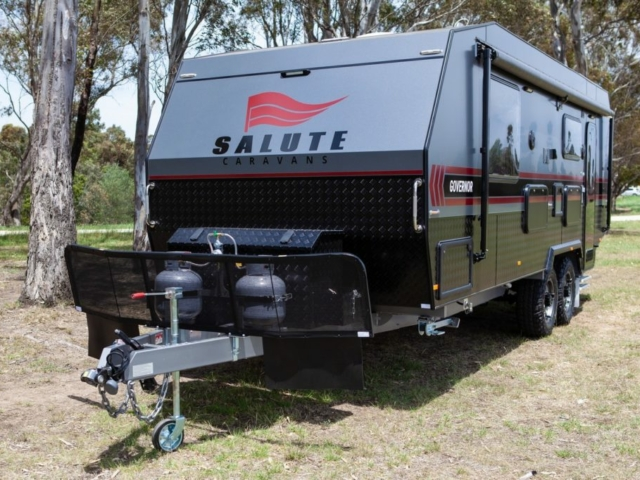 salute-caravans-governor-external-001