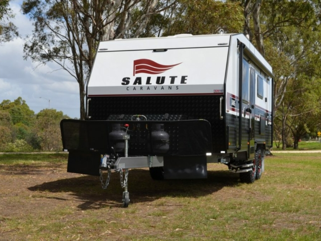 salute-caravans-sabre-external-002