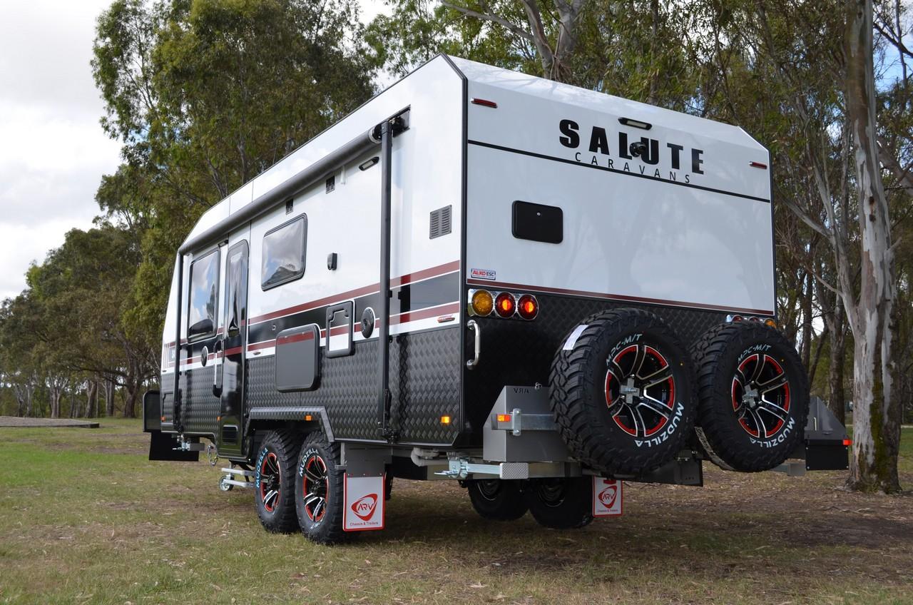 salute-caravans-sabre-external-006