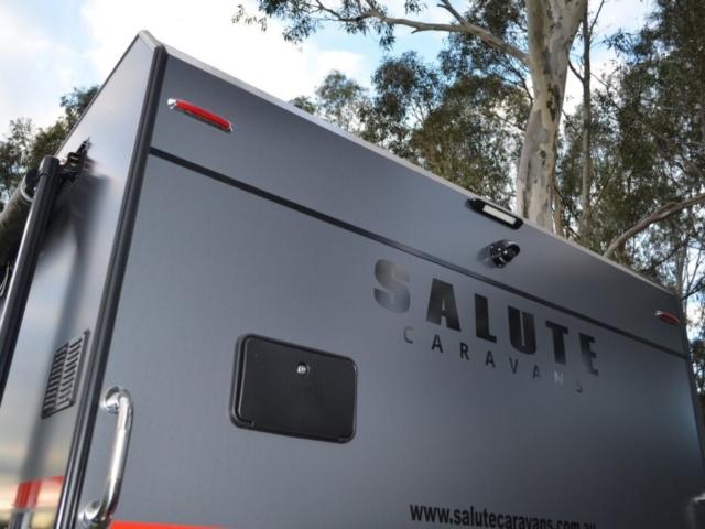 salute_barracks_family_bunk_caravan_042